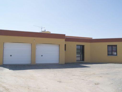 Construction-maison-Plain-pied-contemporain-à-toit-plat-beton-1-510x382