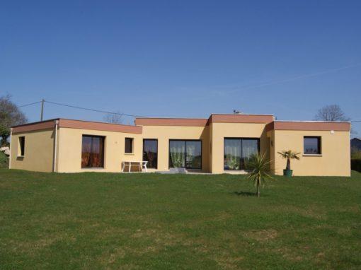 Construction-maison-Plain-pied-contemporain-à-toit-plat-beton-2-510x382