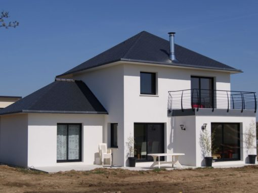 Construction-maison-Tourelle-ardoise-contemporaine-510x382
