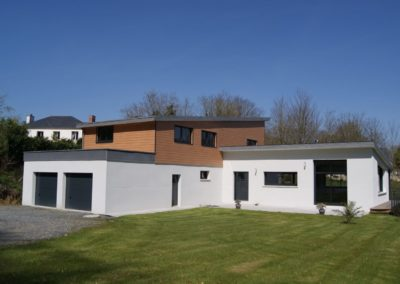 construction-dune-maison-darchitecte-contemporaine-bardage-werzalith-enduit-bi-tons-400x284
