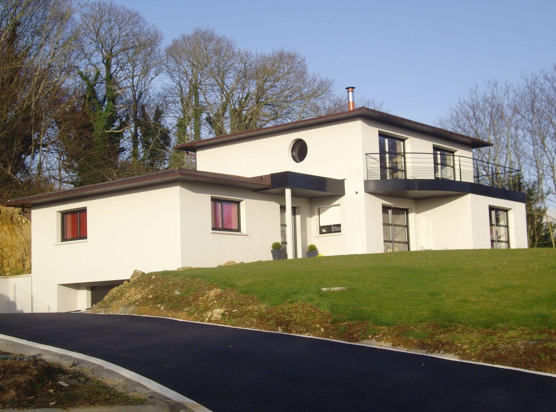 construction-maison-contemporaine-toiture-cuivre-enduit-blanc-1