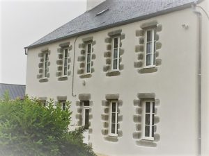 gros-oeuvre-enduits-pierre-Renovation-presbytere-300x225